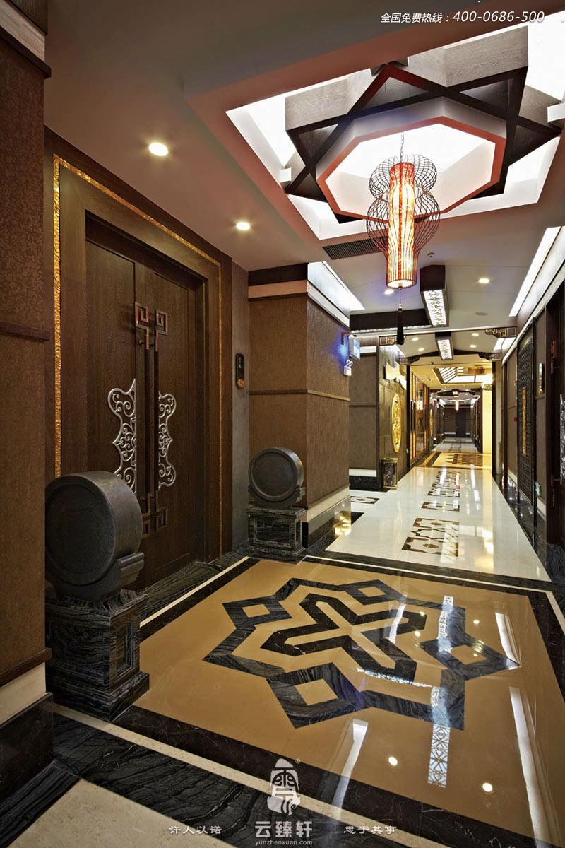 中式餐厅走廊的装修效果图