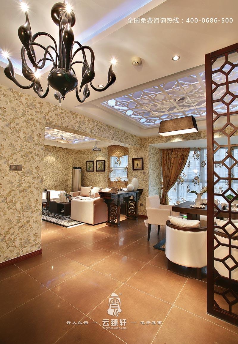 餐厅和客厅通透宽敞的设计效果图