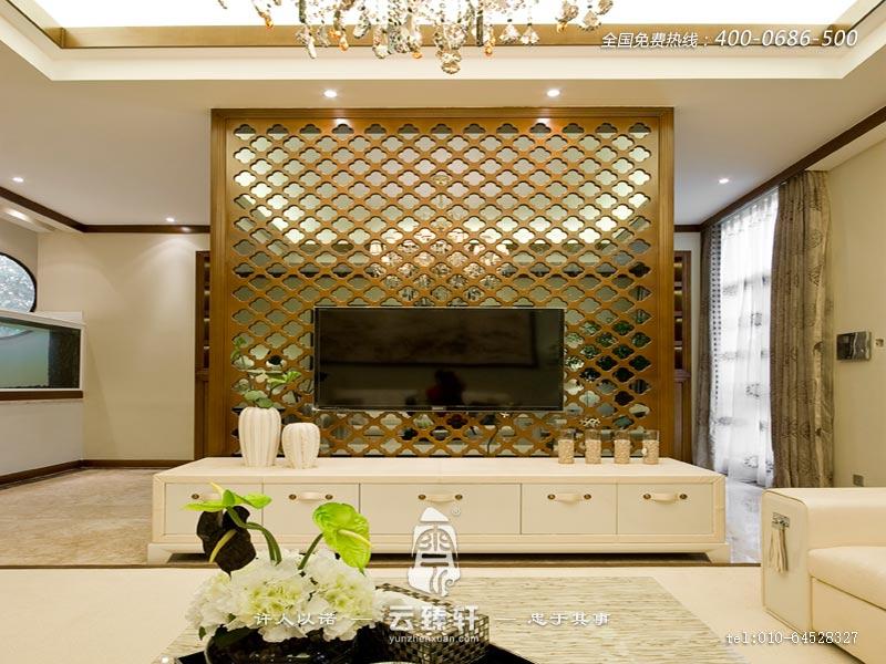 典雅浪漫中式镂空雕花隔断电视背景墙装修效果图