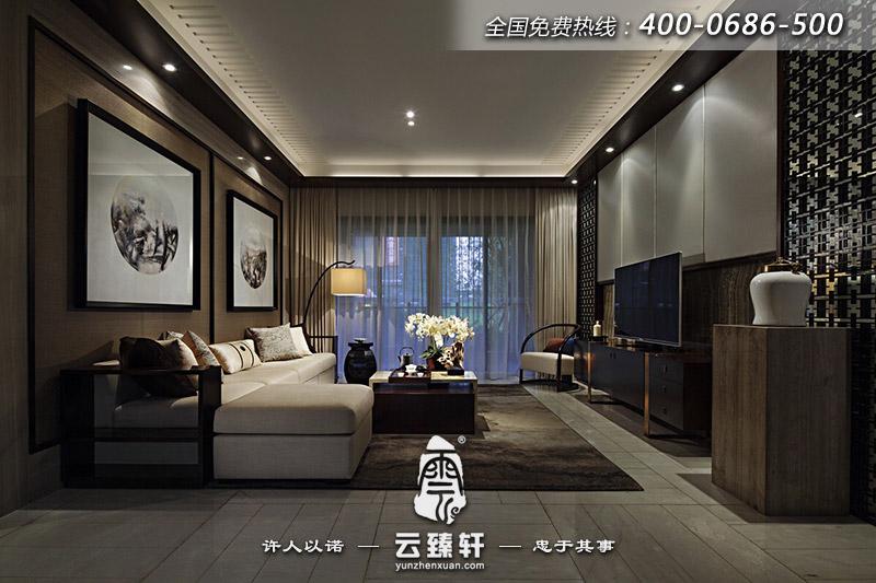 简约的居住空间,追求的是一种自由随意的生活态度,心无旁骛。然而,室内装潢就好比一个人的打扮,是浓妆艳抹还是清水芙蓉,同样的选择自会透露出不一样的心性与生活信仰。而本案三室两厅新中式装修样板房,选择了拥护后者,除却过多的粉饰与华丽,追求干净简洁。